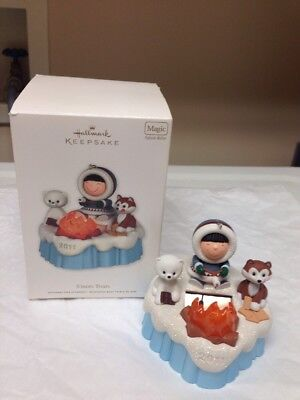 2011 Hallmark Frosty Friends S'more Treats Magic Solar Ornament NIB