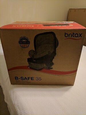 Britax B Safe 35 Rear Facing Infant Car Seat WITH Base Black Fashion E1A725M