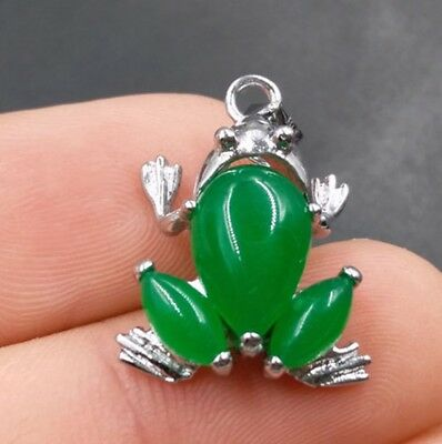 Chinese fashion exquisite Tibetan silver Malay jade pendant frog