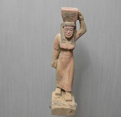 ANCIENT ANTIQUE Egyptian Wood Statue A woman carries a sacrifice (1500–300 BC)