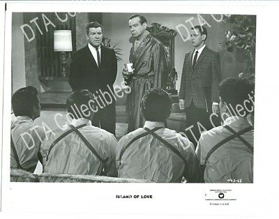 Island Of Love-8X10 Promo Still-1963-Walter Matthau-Robert Preston-Comedy Fn