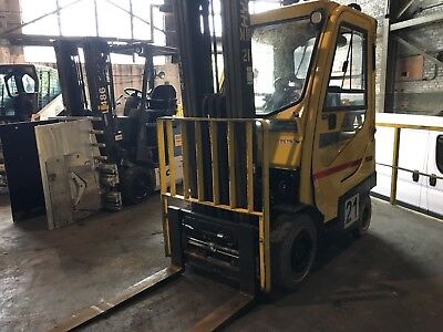 2013 Hyster 4000 Lb Solid Pneumatic Forklift with Side Shift and Triple Mast