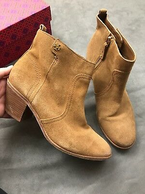 6a033a0324f TORY BURCH Leena Ankle Bootie Camel Tan Suede Sabe Nutshell Fulton Sz 8.5   E6