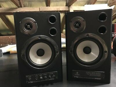 Behringer MS 40  powered speakers in Great Condition