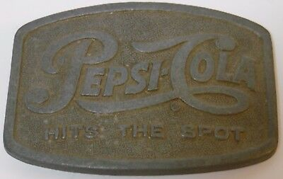 OLD VINTAGE 1970s PEPSI COLA HITS THE SPOT POP SODA ADVERTISING Belt Buckle