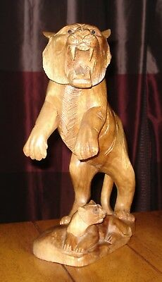 large hand carved WOODEN MOUNTAIN LION COUGAR & CUB