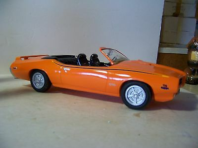 Jim Beam Club IAJBBSC Orange 1969 Pontiac GTO Judge Convertible Decanter