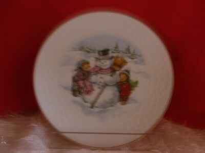"""Avon 1986 Christmas Plate Porcelain Trimmed in 22K Gold A Childs Christmas 8"""""""