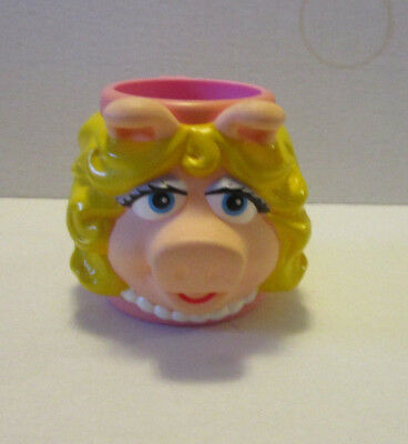 Applause Miss Piggy Muppet Plastic Character Cup
