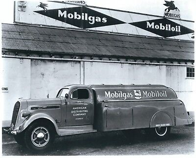 A Photograph of a Mobilgas / Mobiloil 1938 Studebaker K30 fuel delivery truck.