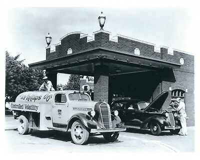 A Photograph of a 1937 Studebaker advertising Phillips 66