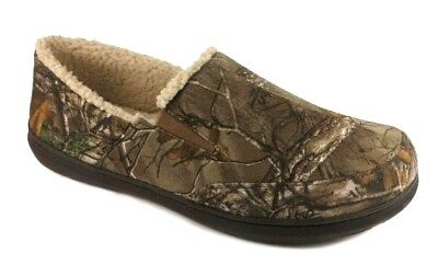 NWT - Realtree Xtra Print Men's Sherpa Lined Indoor/Outdoor Moccasin Slipper