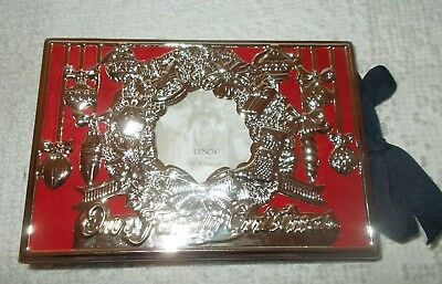Lenox Our Family Christmas Silverplate 4 x 6 Holiday Picture Phote Album