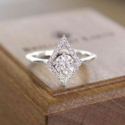 Certified 1.6Ct White Round Cut Diamond 14K White Gold Solitaire Engagement Ring