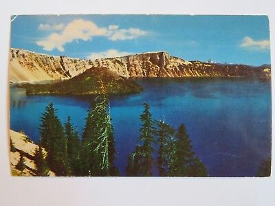 Vintage POSTCARD: CRATER LAKE, Oregon ~ Picturesque Beauty ~ NOT Used NEW