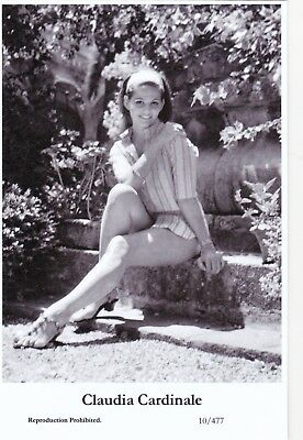 CLAUDIA CARDINALE-hollywood  MOVIE star  PIN-UP/CHEESECAKE  modern 2000 postcard
