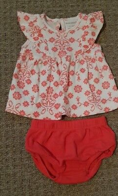 marquise baby girl summer top and bottom size 0000