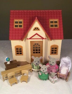 Calico Critters Cozy Cottage Small House School Desks Mouse Family Baby Epoch