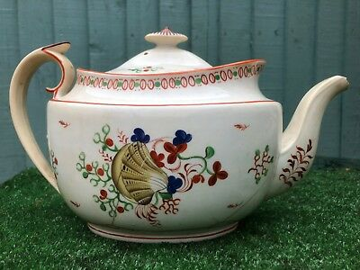 GEORGIAN PERIOD 18thC NEW HALL, PATTERNED TEAPOT WITH SUPERB SHAPE c1790s