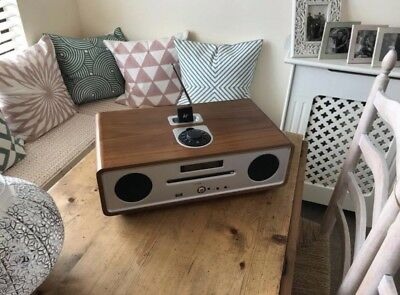 Ruark audio R4i Walnut Integrated Music System With Original Packaging