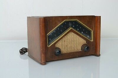 VINTAGE 1946 ZENITH Model 6D029 BOOMERANG Tube Radio Good Condition As Is