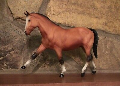 Breyer  1987   Sr  375 Made   Sold By Your Horse Source    Beautiful