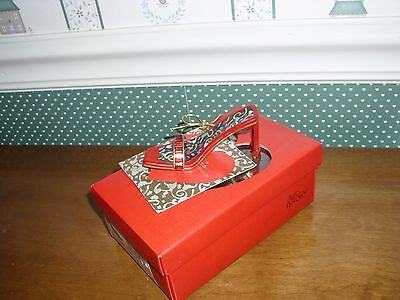 2001 -Just The Right Shoe Raine  Gift Box Figurine--Heart & Sole-Very Good Cond.