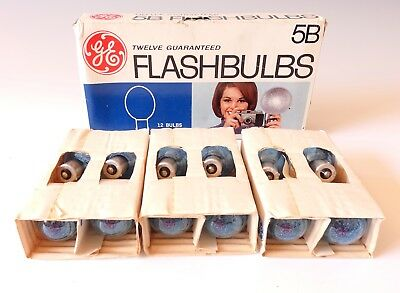 GE Vintage 5B Blue Camera Flashbulbs Box of 12 General Electric Worldwide Ship