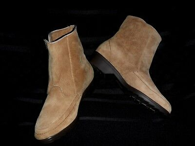 Vintage Hush Puppies SN # 55031 Tan Suede Leather -Size: Woms 6 M - NWOT Nice!!