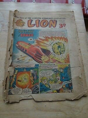 Lion Comic October 25th 1952
