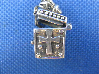 Vintage Sterling Silver Movable Religious Box With A Cross On The Front Charm