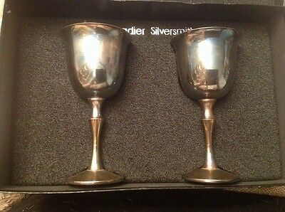Boxed Pair of Vintage Grenadier English Silver Plate / Plated Goblets (1075)