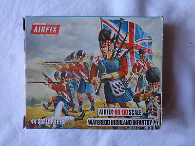 Airfix Waterloo Highland Infantry HO-OO 1/72 Scale Blue Box Figures Complete