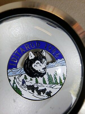 Alaska Iditarod dog sled race 1986 large tie tac lapel Pin, 1000 tough miles