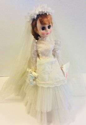 Gorgeous Vintage 1950s 18 inch Madame Alexander Bride Doll Elise Original Dress