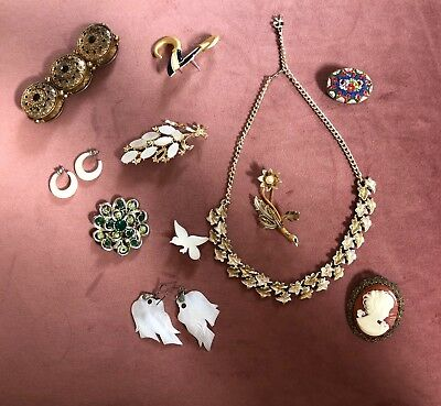 Job Lot Of Vintage Jewellery Necklace, Brooch Earrings 1950s Onwards cameo