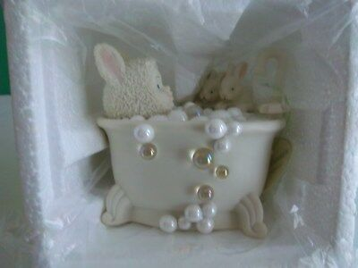 Department 56 – SNOWBUNNIES Bunny Bubbles Figurine New-in-Box