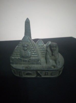 ANCIENT EGYPTIAN PHARAOH EGYPT Sphinx Pyramid Pyramids Giza Figurine Stone Bc
