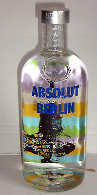 Absolut Vodka BERLIN 700ml City Limited Edition full and sealed