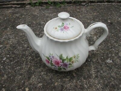 Lovely Vintage Old Antique Fancy Made In England Tea Pot