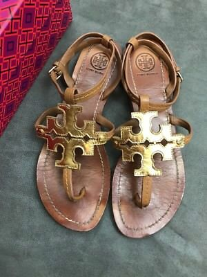 863bc3a810759 TORY BURCH Phoebe Chandler Flat Thong Sandal WITH BOX Tan   Gold Sz 7  Miller