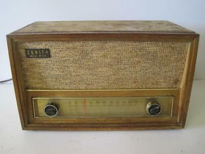 Zenith Model C730E AM FM Tube Radio -Working For Parts Or Repair Sounds Great !
