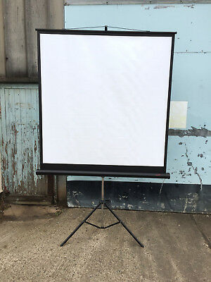 1.5m projector screen with tripod in original box