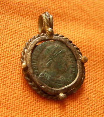 A72. Roman style bronze pendant with authentic Roman coin
