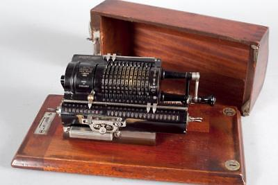 "Vintage ~ ""Britannic""  by ""Guy's"" Mechanical Pinwheel Calculator with Case"