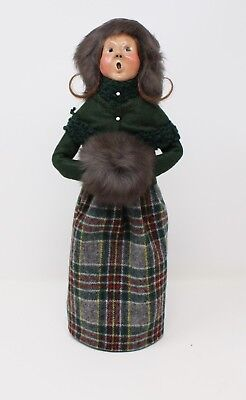 Byers Choice Christmas Caroler Adult Women with Fur Hand Muff and Hat 1990