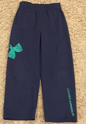 Under Armour Size 4 Navy Pants With Green Trim