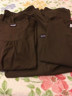 Cherokee Scubs, Size Large, Brown Top & Bottoms, Excellent Condition,