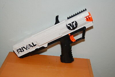 Nerf Rival Apollo XV-700 White Phantom Corps Target Exclusive, No clip