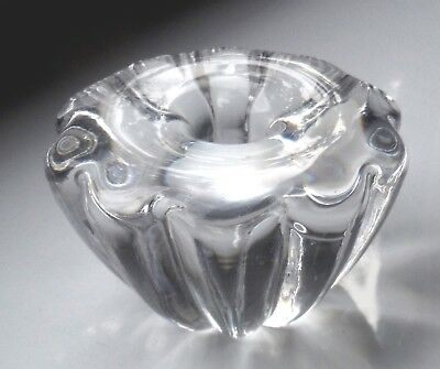 Small But Heavy Glass Fine Candle/taper Holder Fluid Curvaceous Lines